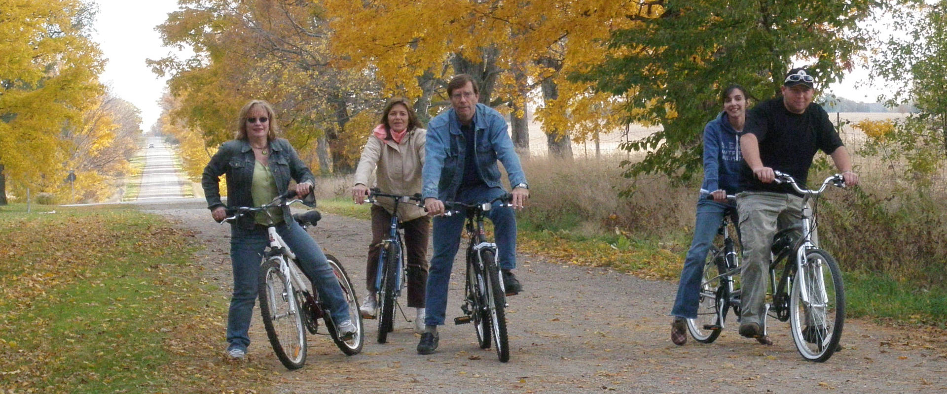 Bike and cycling trails along the Grand River near Paris Ontario