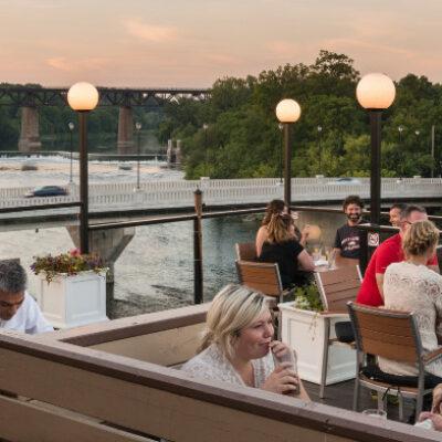 Restaurants in Paris Ontario vist Stillwaters Rooftop