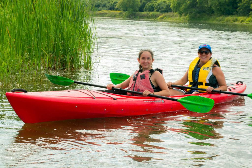 Tandem kayak rentals and trips on the Grand River near Paris Ontario